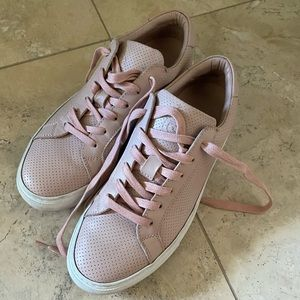 Royale Perforated Greats - Size 9 Blush/Pink